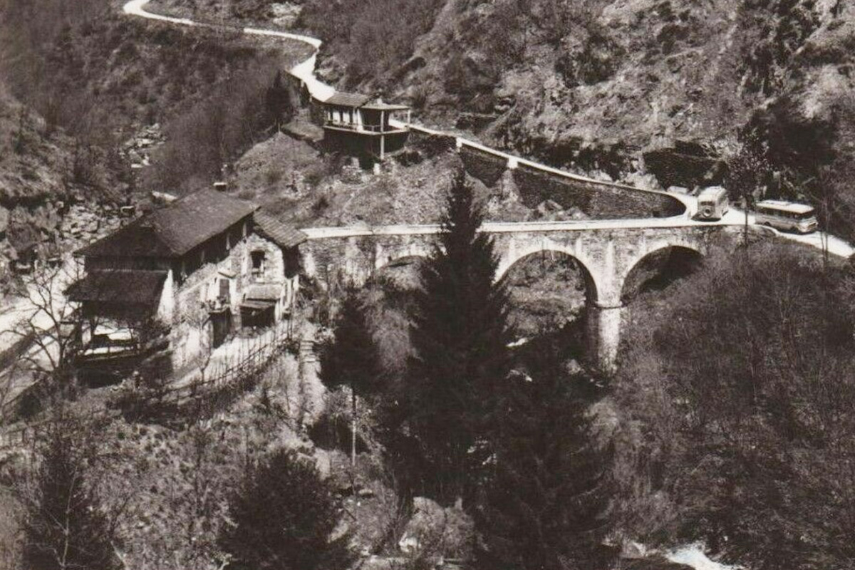 Caprezzo_ponte-nivia