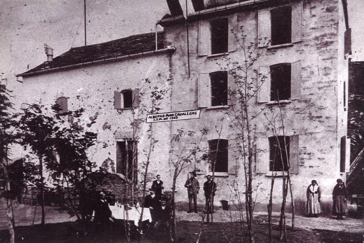Intragna_Cavallone-albergo