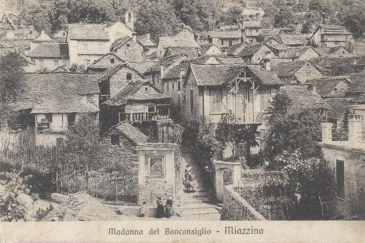 Miazzina_Piazza-Secchi-1918