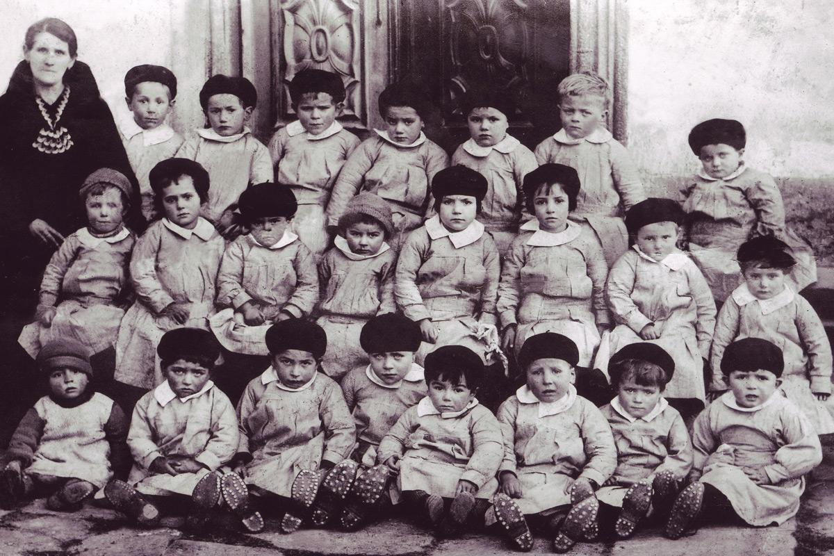 Trontano_Scuole_Nati-1929-al-32-asilo-maestra-Pagani