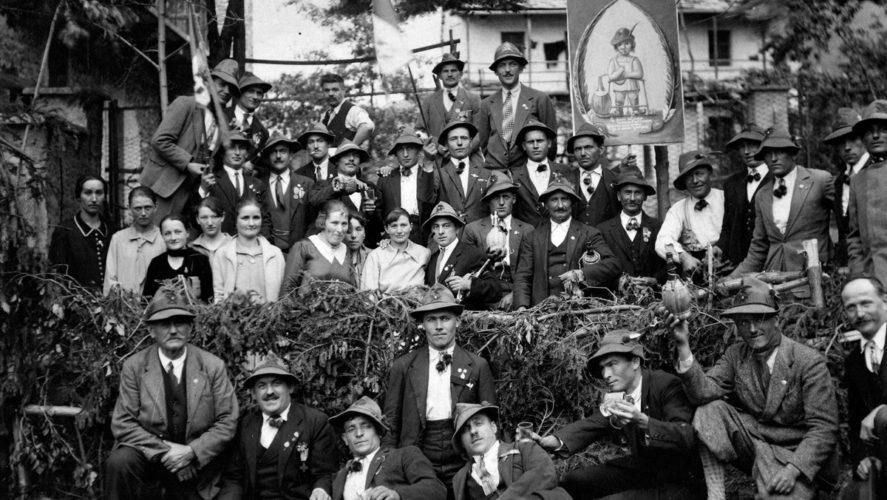 Trontano_festa-alpini-cosasca-maggio-1930