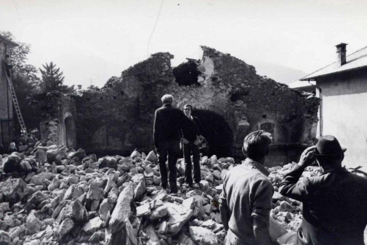 Vogogna_1975-crollo(2)