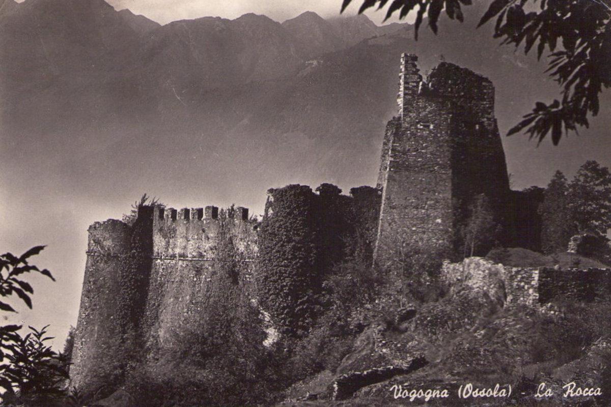 Vogogna_Rocca1
