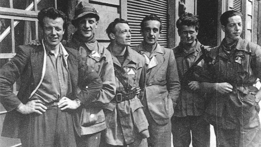 Vogogna_partigiani-vogognesi-a-milano-il-25-aprile-1945