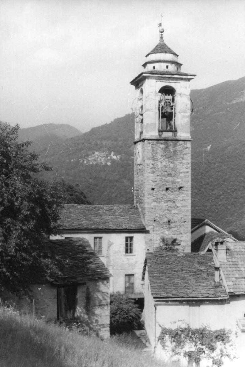 Caprezzo_Campanile-1959