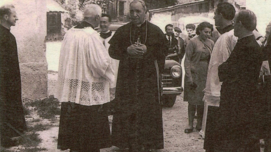 Caprezzo_Visita-pastorale-Vescovo-di-Novara-Mons-Gilla-Vincenzo-Gremigi_con-Varalli