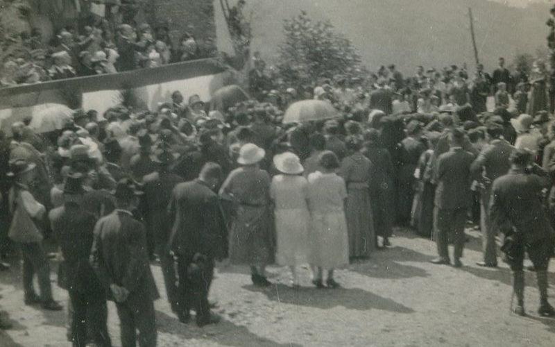 Caprezzo_monumento-caduti-1924-inaugurazione4