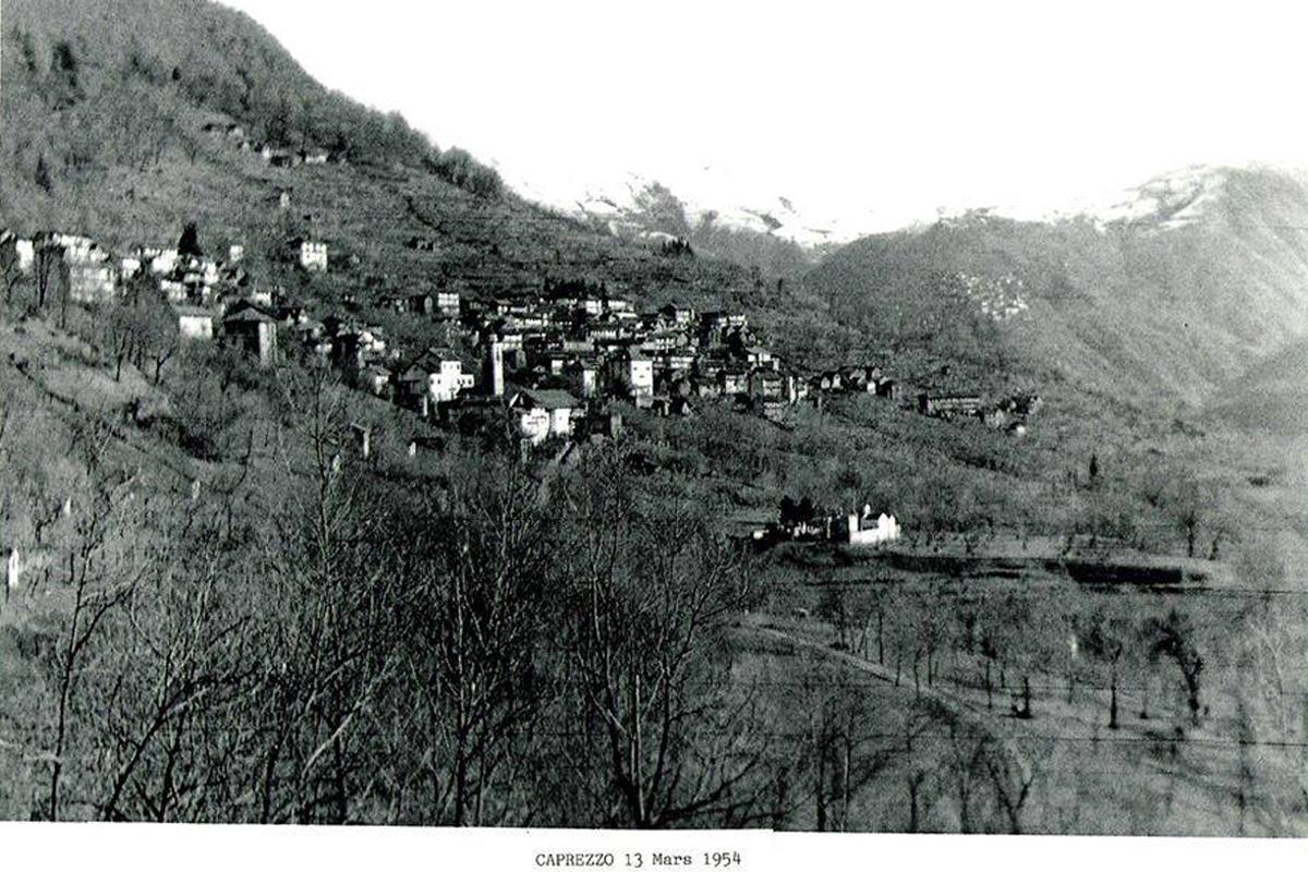 Caprezzo_panorama-1954